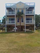 New Bern Waterfront 3br/2 ba in Cherry Point, North Carolina